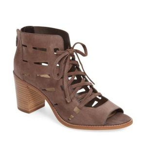 VINCE CAMUTO Perforated Lace-Up Sandal